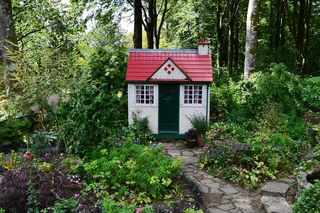 Castle Drogo Gardens: The wendy house