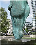 TQ2780 : 'Horse at Water', a bronze sculpture at Marble Arch, London W1 by Robin Stott