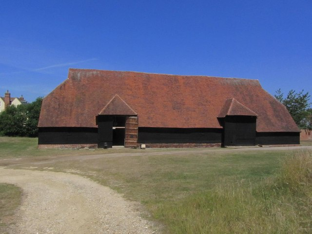 Grange Barn NT, Coggeshall by Colin Park