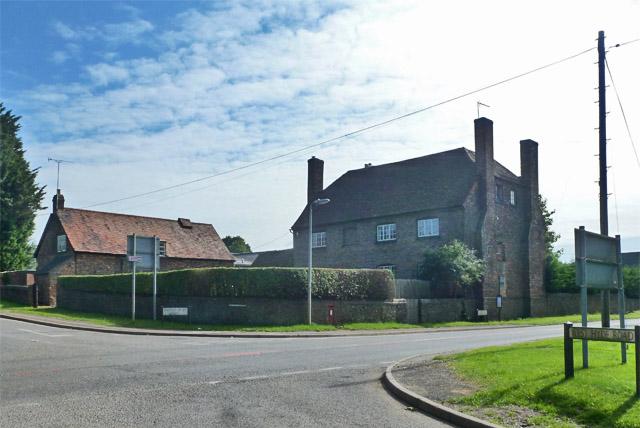 Farmhouse, New Mill End Farm