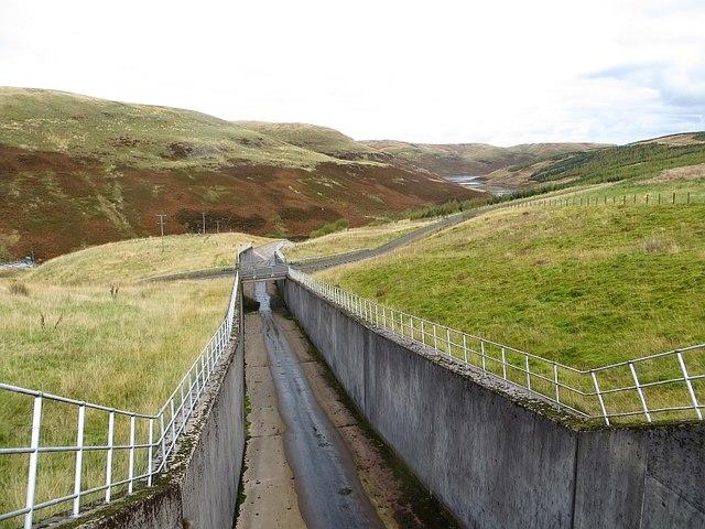 Spillway, Upper Glendevon Reservoir