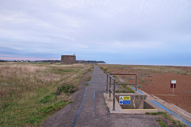 Sea wall and Martello Tower, Old Felixstowe
