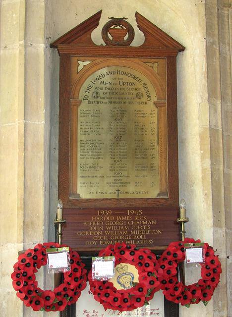 St Margaret's church, Upton (war memorials)