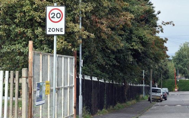 20 mph sign, Grand Parade, Belfast (September 2015)