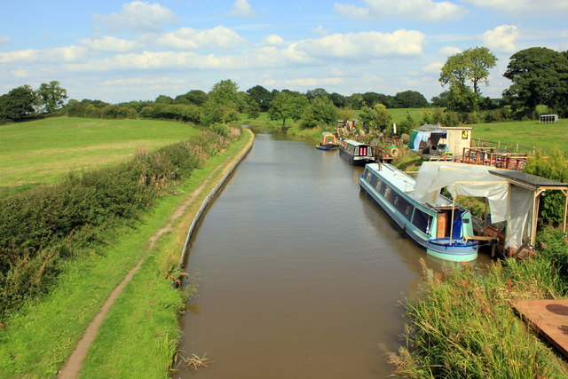 The Macclesfield Canal from Bridge 86
