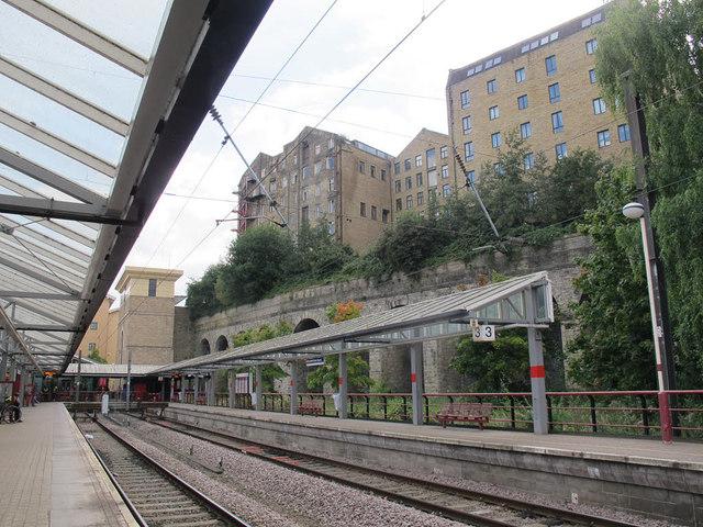 Bradford Forster Square: Platforms 1 and 2
