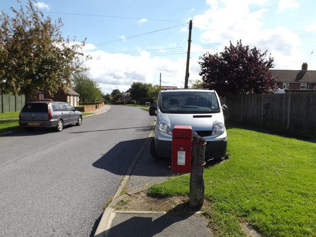 Henry Street & Henry Street Postbox