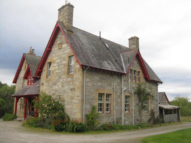 Shinness Lodge