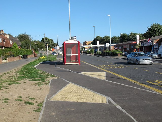 Floating bus stop on Stanningley Road (3)