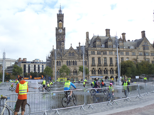 Bradford  Skyride: getting wet