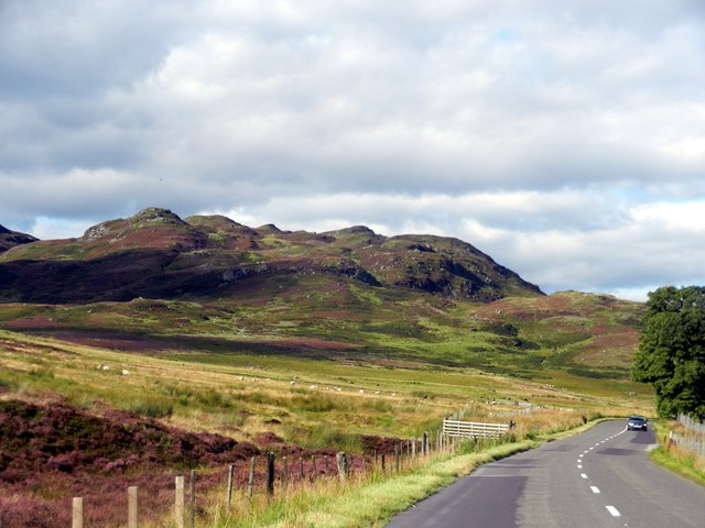 The road, A822, heading north towards Corrynuckloch