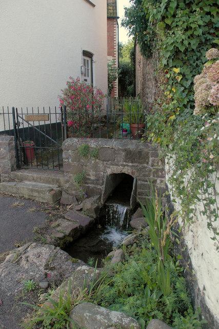 Water Trough in Vicarage Road