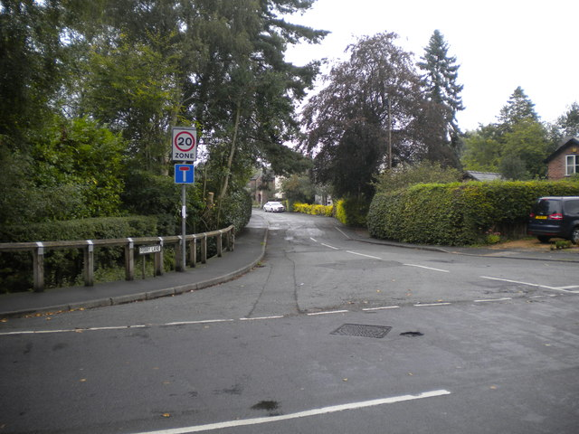 South end of Ferry Lane, Thelwall