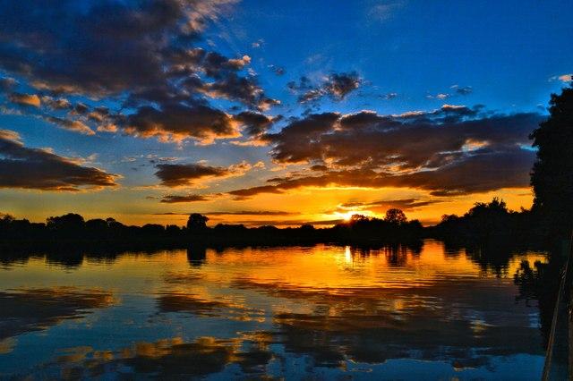 Spectacular sunset at Hardwick Estate