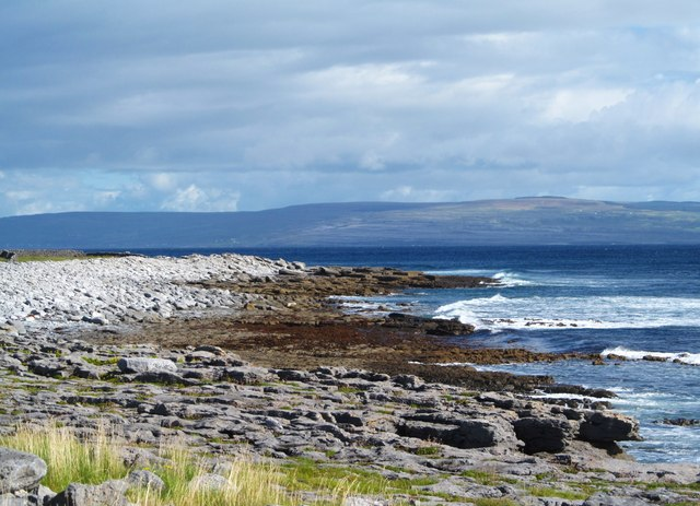 Shoreline of Inis Oirr