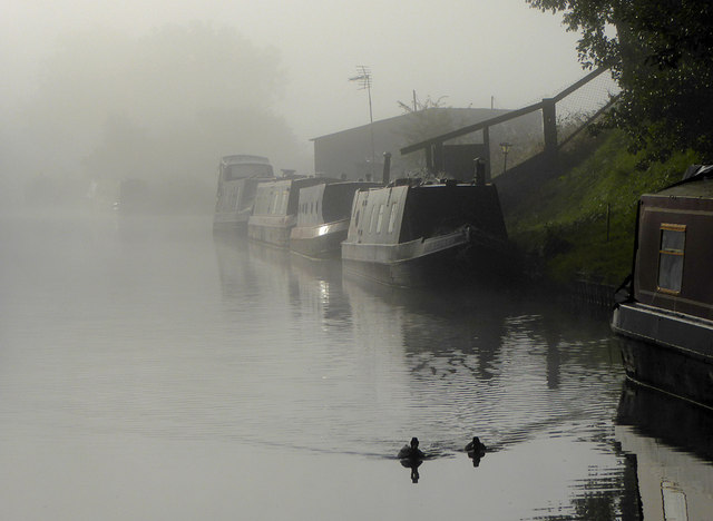 Foggy morning on the Shropshire Union Canal