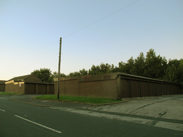 Garages on Gamble Hill Drive