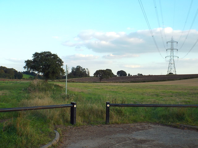 Footpath near Chiswell Green