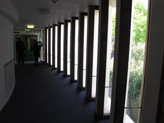 Windows in curving corridor, Hallfield Primary School