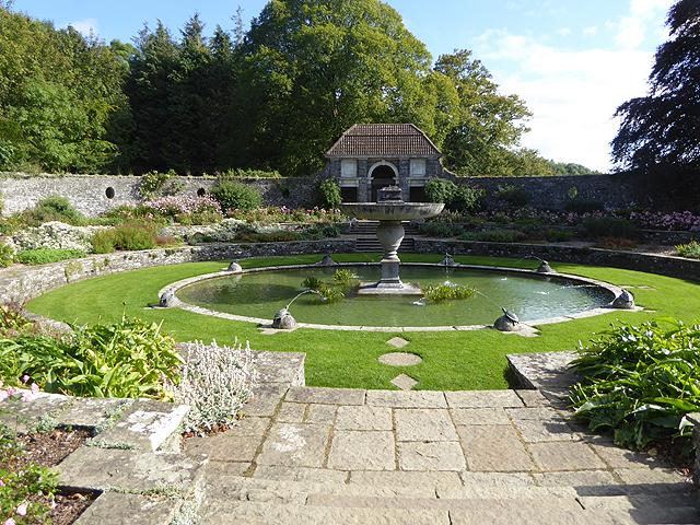 Oval Garden, Heywood Estate