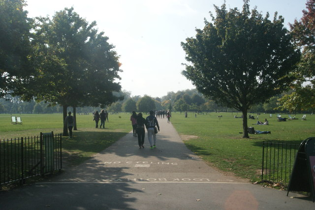 View along the path leading from Speakers Corner to the centre of the park
