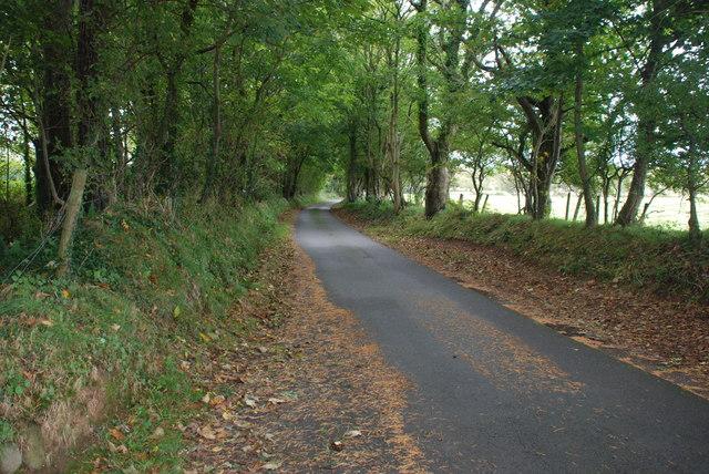Ffordd o Benrhos i Efailnewydd - Road from Penrhos to Efailnewydd