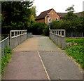 SP2763 : Gog Brook footbridge, Warwick by Jaggery