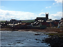 NT6779 : Dunbar:  view inland from Victoria Harbour by Dr Neil Clifton
