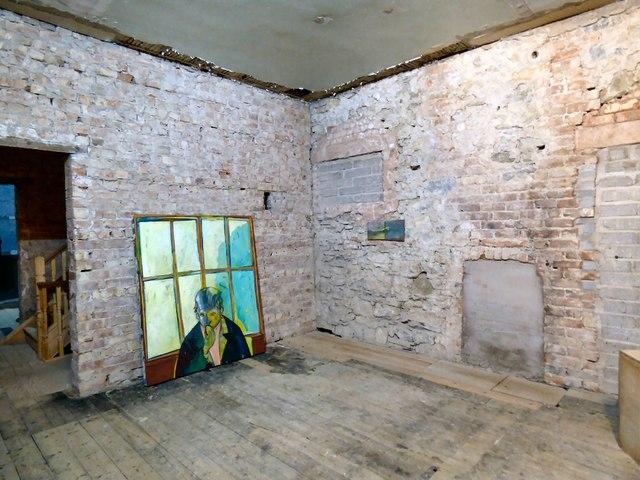 Inside  the Haus of Helfa (2)