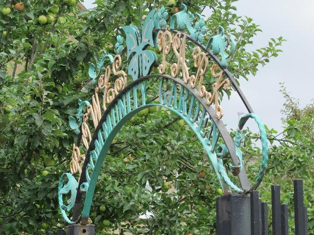 Sign for Bowes Park Community Garden, Myddleton Road, N22
