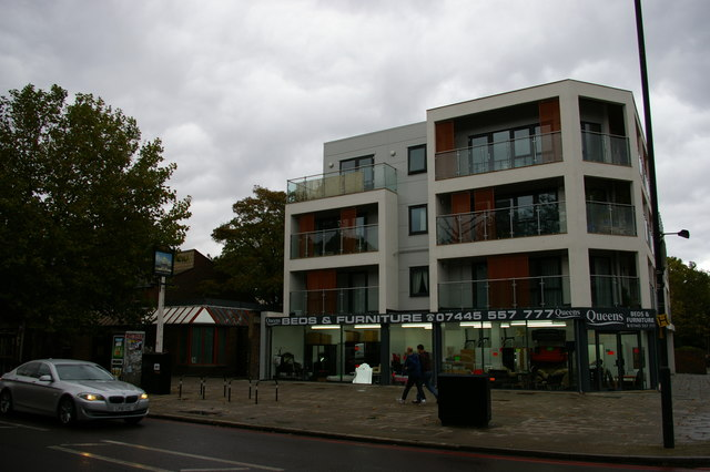 Flats on the site of the London & Brighton pub, Queen's Road