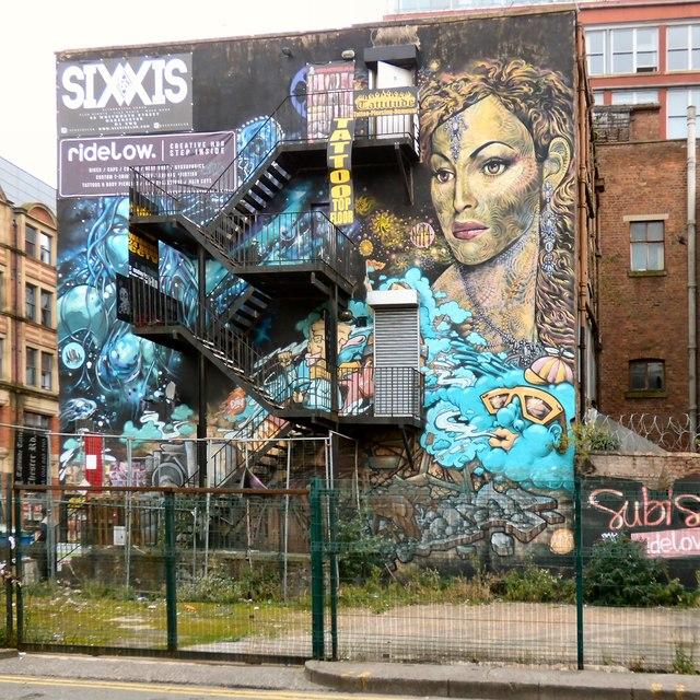 Street art and skin art