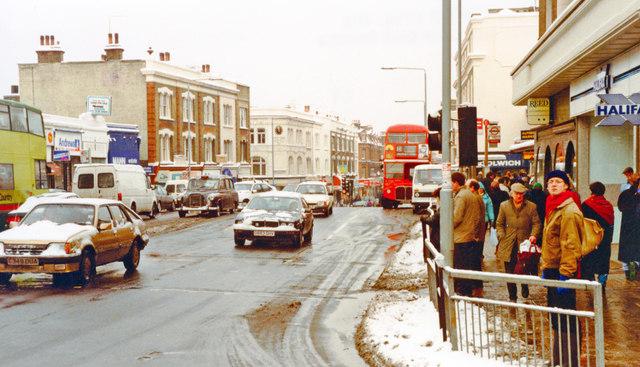 Putney in depth of winter, 1991: northward on High Street
