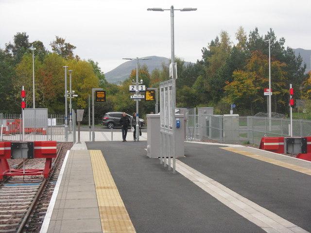 Tweedbank Station entrance
