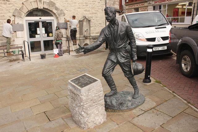 Statue of H M Stanley, Denbigh