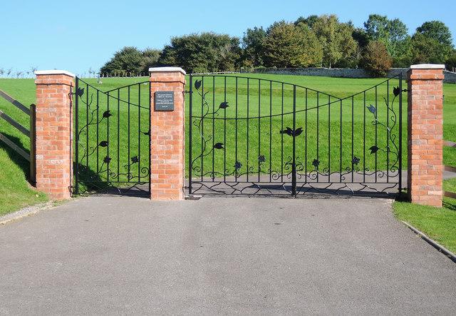 Cullompton: new gates to town cemetery