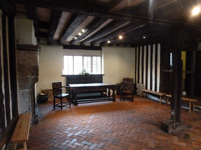 Lewes - Anne of Cleves' House - Parlour