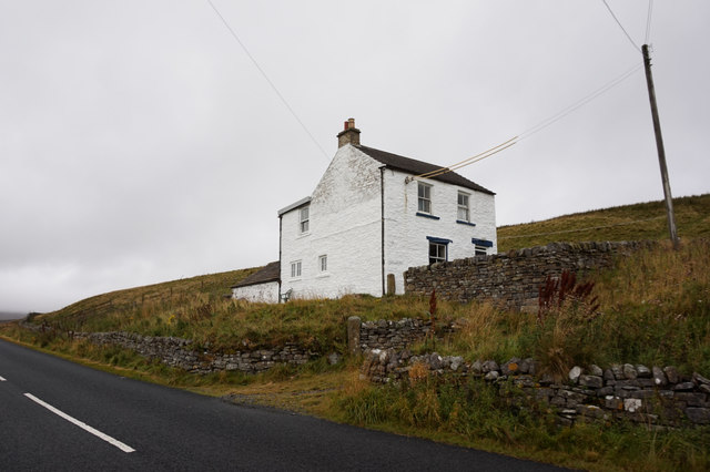 Peases Cottage alongside the B6277