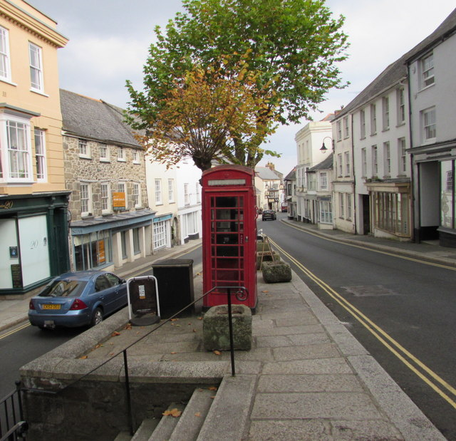 Grade II listed phonebox in Penryn town centre