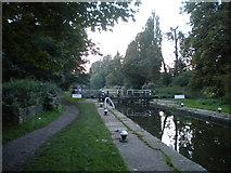TL0506 : Canal lock, Hemel Hempstead by Richard Vince
