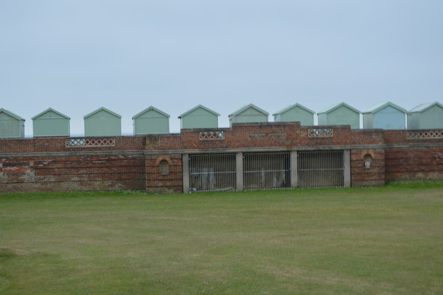 Western Lawns and beach huts