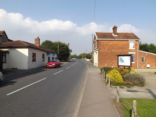 B1025 Mill Road, West Mersea