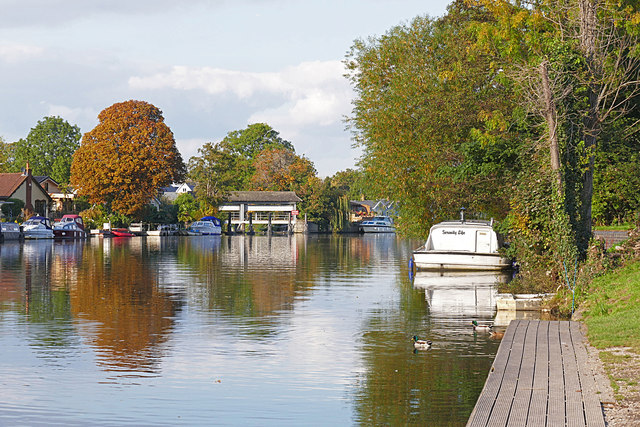 Autumn on the Thames