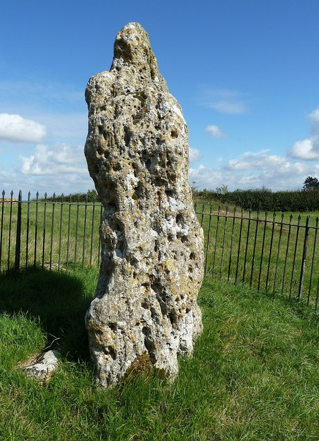The King Stone - (2) edge on © Rob Farrow cc-by-sa/2.0 :: Geograph Britain and Ireland