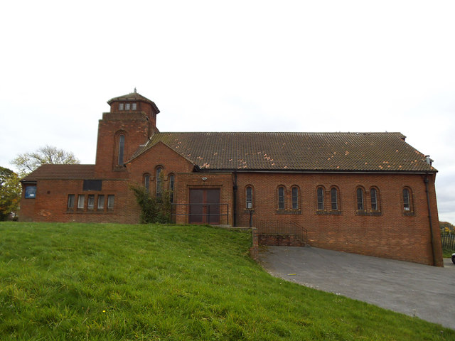Church of the Ascension, Seacroft: north side