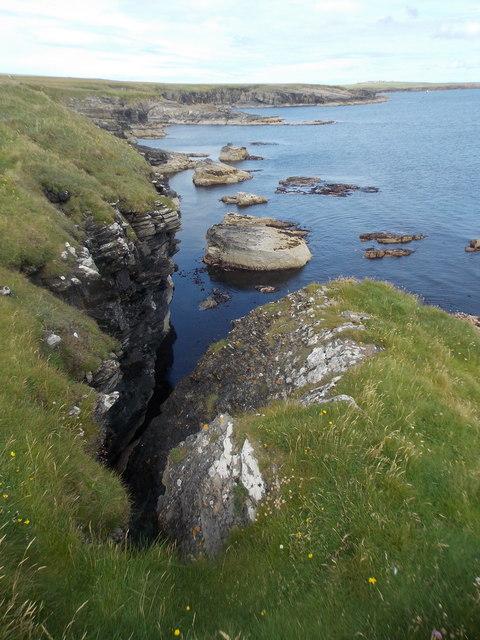 Stronsay: a narrow, unnamed geo