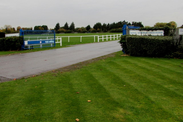 Entrance to Royal Windsor Racecourse