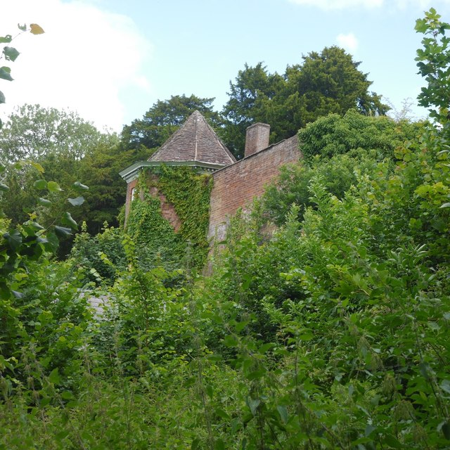 Summer House, Ludlow High School