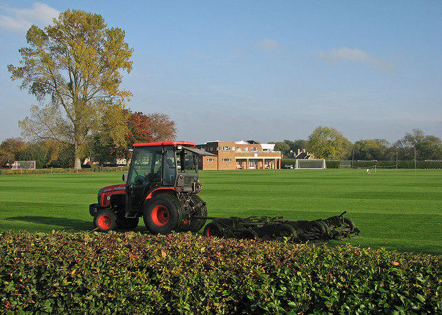 Pembroke College Sports Ground: autumn mowing
