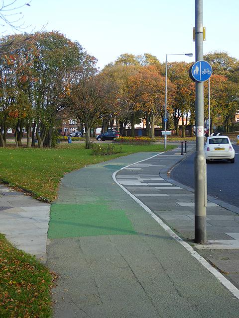 Cycleway alongside Princess Louise Road, Blyth